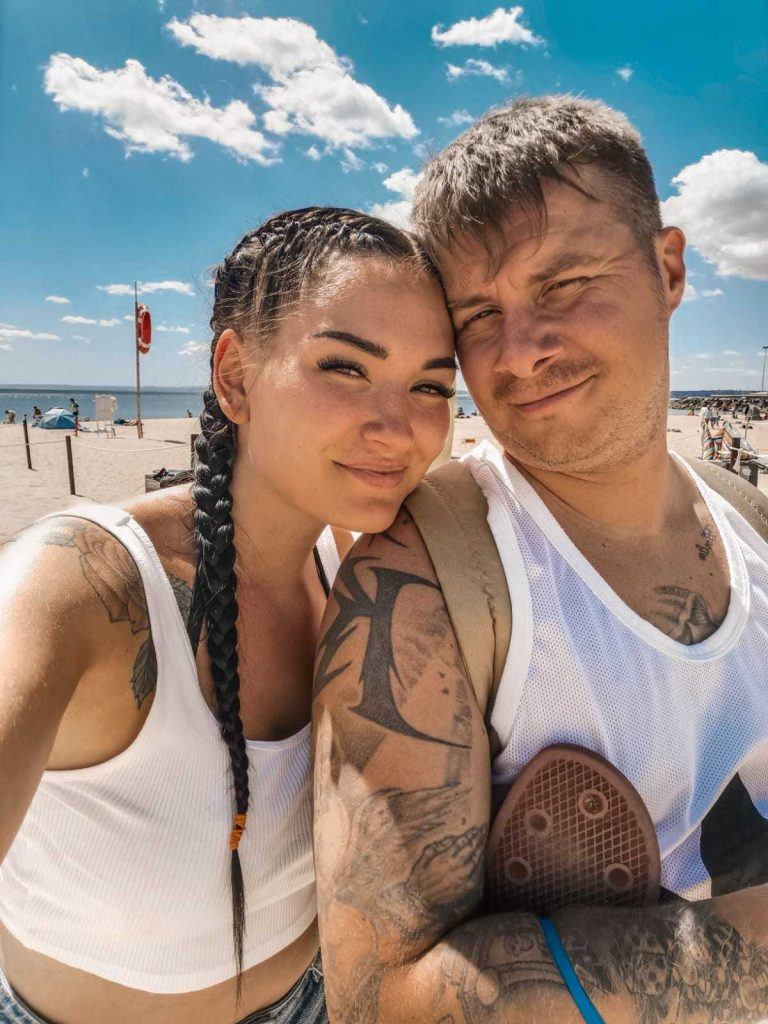 Miikka and his girlfriend living abroad
